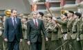 cumbre hispano portuguesa llegada y desfile militar en plaza alta