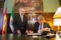 Francisco Javier Fragoso, y el embajador de Alemania en España, Reinhard Silberberg,